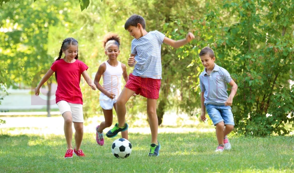 FireShot-Capture-851-Dont-rob-your-kids-of-outdoors-free-play-—-they-need-it-nypost.com_.png